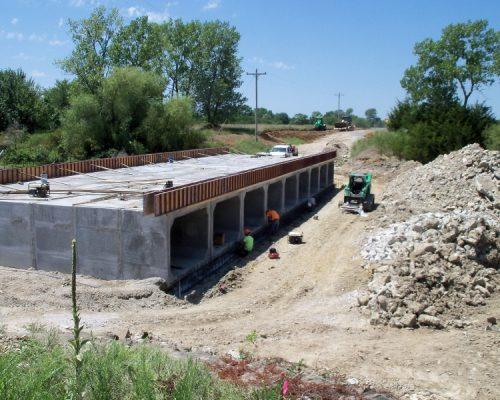 Pleasanton Spillway - Forming the toewalls