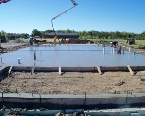Pouring slab in Missouri for the Crisis Centers